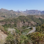 Roadtrip Day 10: Driving from Aksum via the Simien Mountains to Gondar
