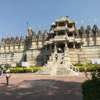 Ranakpur, an amazing Jain temple in the middle of the forest